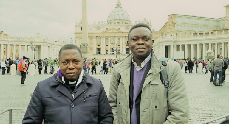 Fr Richard Muembo, rector of Christ the King Seminary, Malole (left) and Fr Apollinaire Cikongo, executive secretary of the Catholic Bishops' Conference of Kananga, DRC (© Aid to the Church in Need)