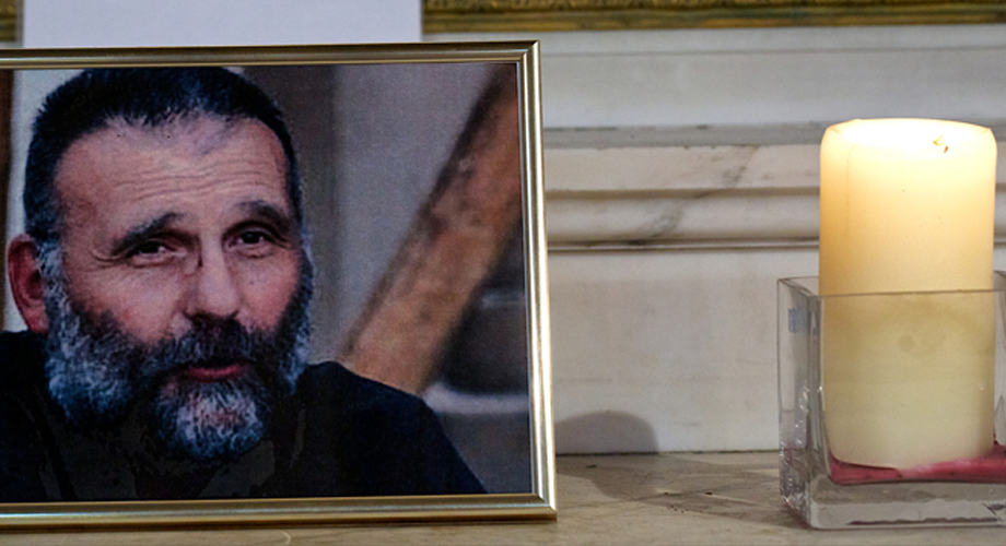 Novena for Syria: prayer vigil for the safe release of Fr Paolo Dall'Oglio SJ (© Aid to the Church in Need)