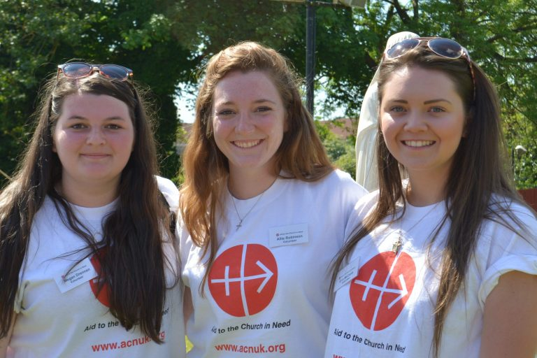 Young supporters of Aid to the Church in Need in Scotland (© Aid to the Church in Need)
