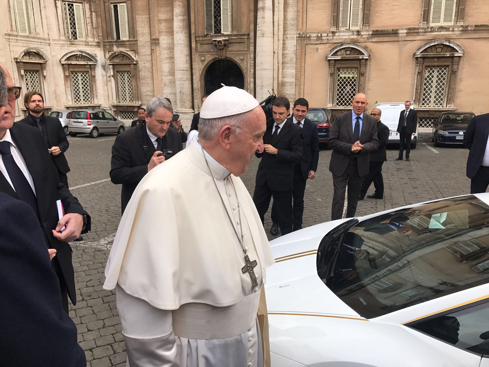Lamborghini sports car presented to Pope Francis will be auctioned off and the proceeds donated to charity, including ACN