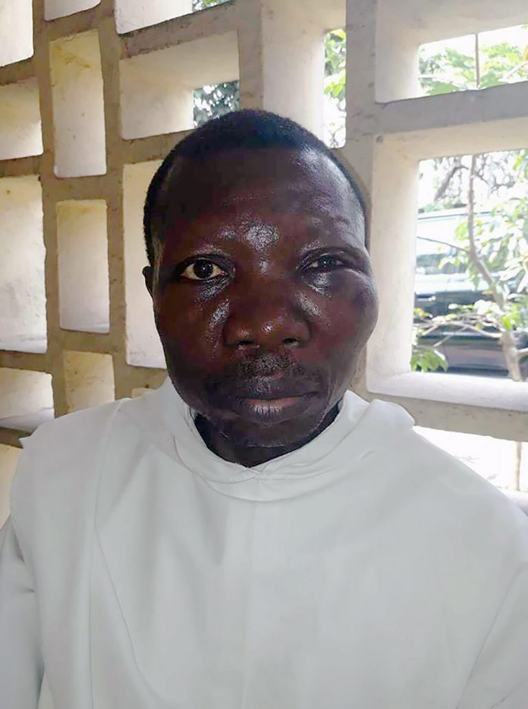 Father Jean Nkongolo, Vicar of St Dominic's Church, Linete, DRC (© Aid to the Church in Need)