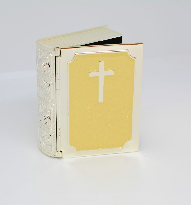 Silver Plated and cream Bible trinket boxWas £8.99 NOW £6.99
