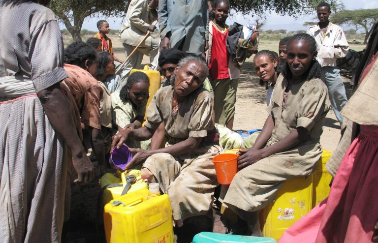The struggle for drinking water in Eritrea (© Aid to the Church in Need)
