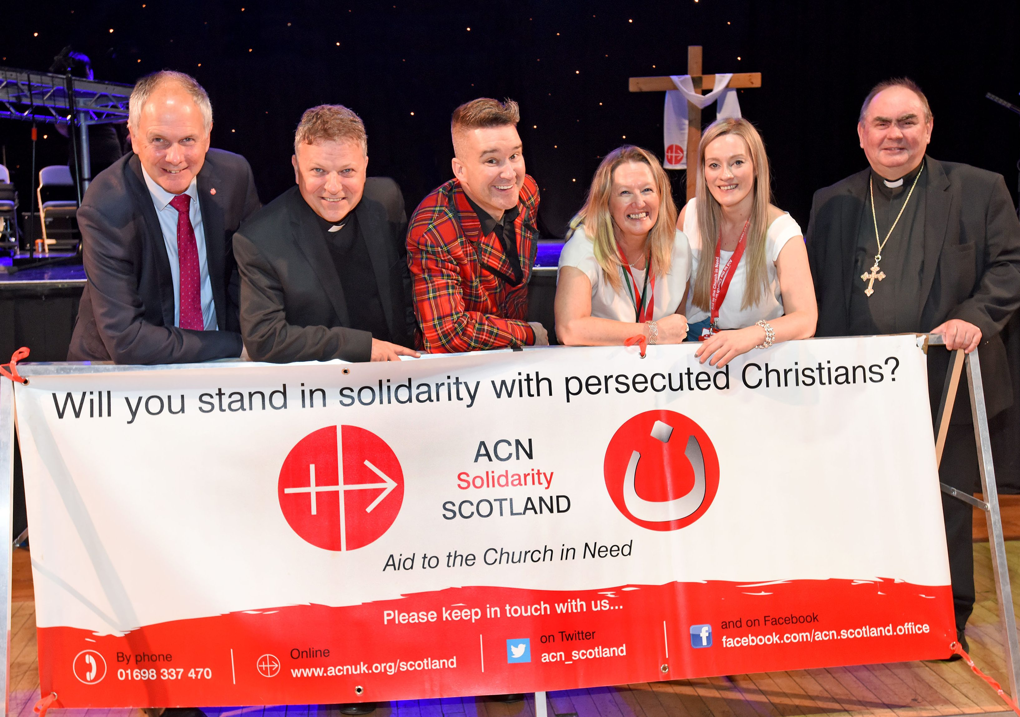 Scotland annual ACN event (from left) ACN UK National Director Neville Kyrke-Smith; Bishop John Keenan of Paisley; DJ Steve McKenna; Lorraine McMahon, ACN Head of Operations in Scotland; Clair Sweeney, ACN Schools and Events Coordinator in Scotland and Bishop Joseph Toal of Motherwell (© Paul Mc Sherry - Aid to the Church in Need)