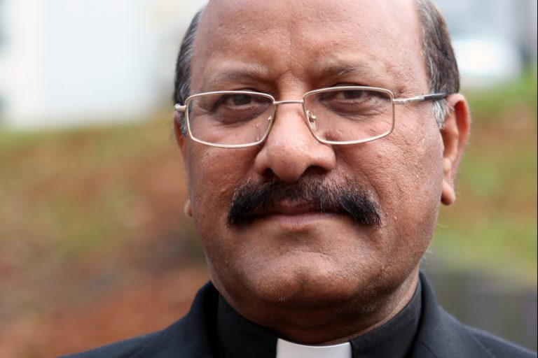 Father James Channon, director of the Peace Center Lahore in Pakistan (© ACN)