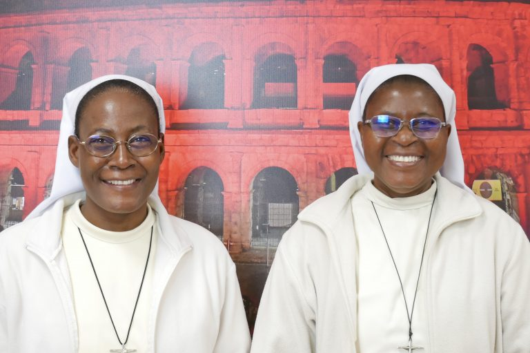 Images: (Left to right) Sister Pauline and Sister Marie Bernadette (Credit: Aid to the Church in Need)