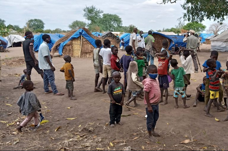 Image of families who fled Mocímboa da Praia, Cabo Delgado province, Mozambique after it was attacked by Al Sunnah wa Jama'ah on 26th June 2020 (Credit: Aid to the Church in Need)