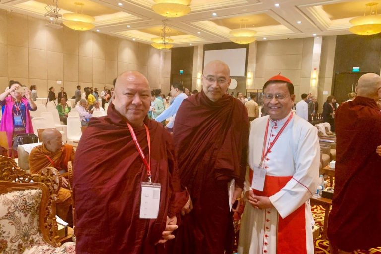Cardinal Charles Maung Bo, Archbishop of Yangon (Right), with two Buddhist monks © ACN