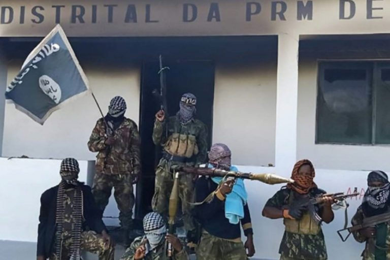 With image of jihadists in Cabo Delgado (© Aid to the Church in Need)