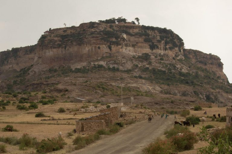 With image of Tigray region of Ethiopia (©Aid to the Church in Need/Magdalena Wolnik)