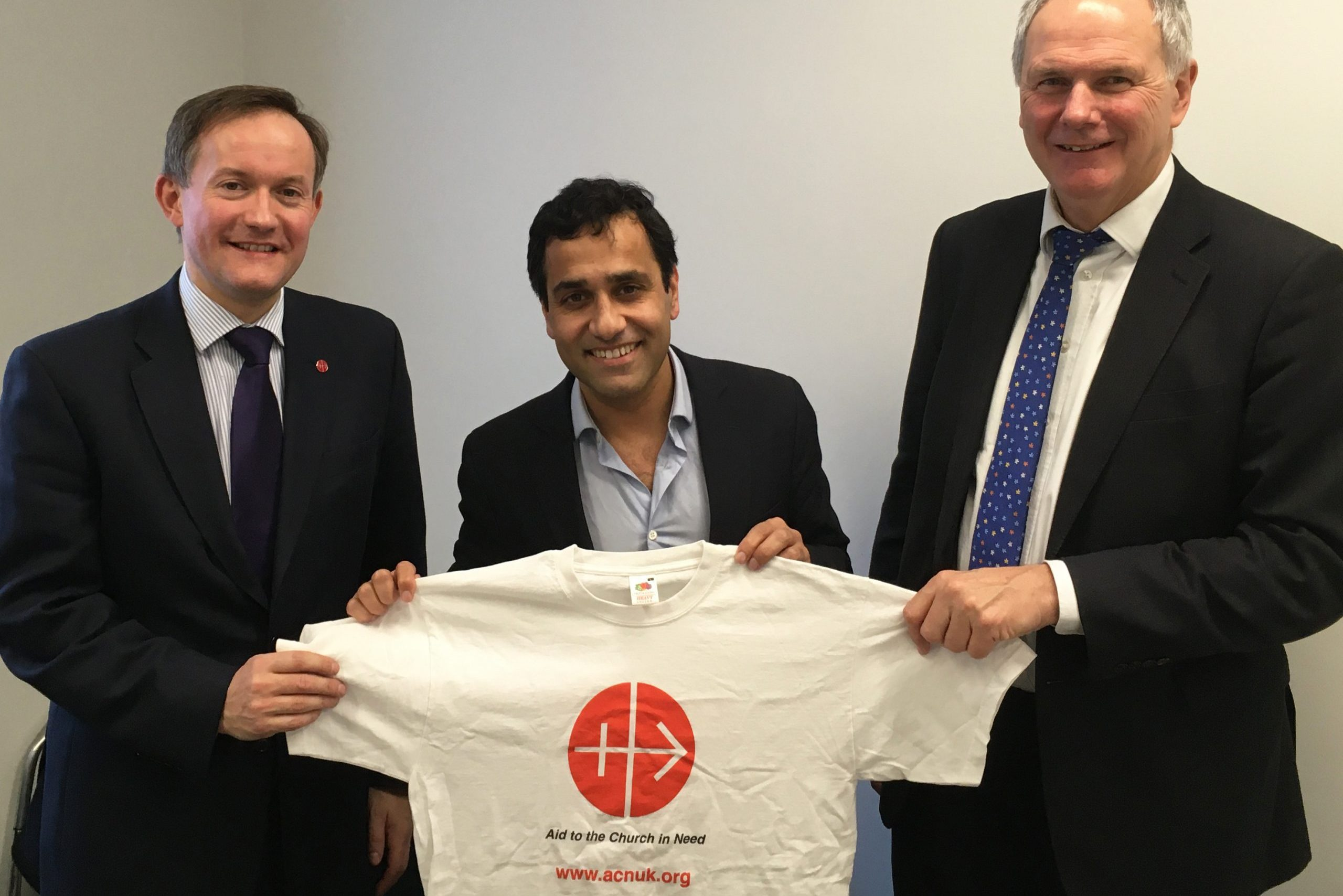 Rehman Chishti, MP for Gillingham and Rainham, flanked by John Pontifex, Head of Press & Information, ACN (UK) (left) and Neville Kyrke-Smith, National Director, ACN (UK)