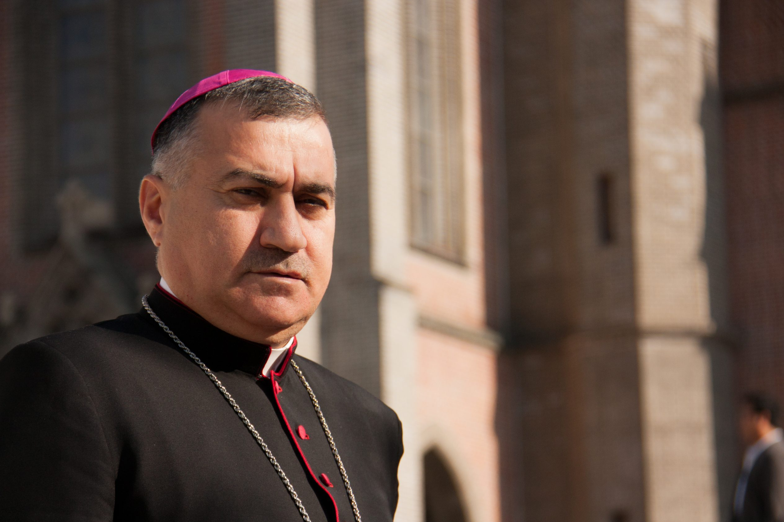 With image of Chaldean Catholic Archbishop Bashar Warda of Erbil (© Aid to the Church in Need)
